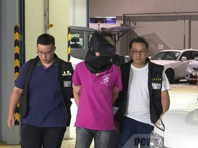 警方說部分被捕人士有黑社會背景,不排除會有更多人被捕。(梁禎祥攝)