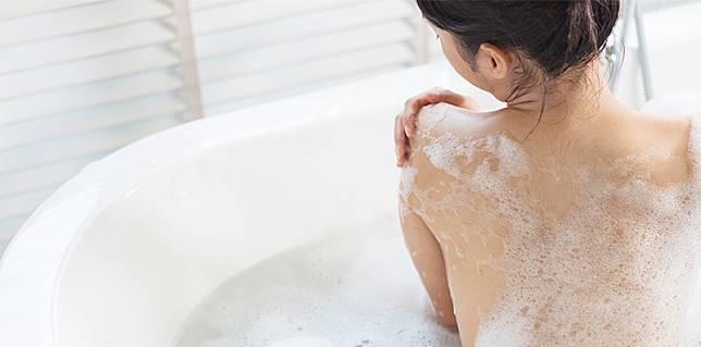 bath-lead.jpg