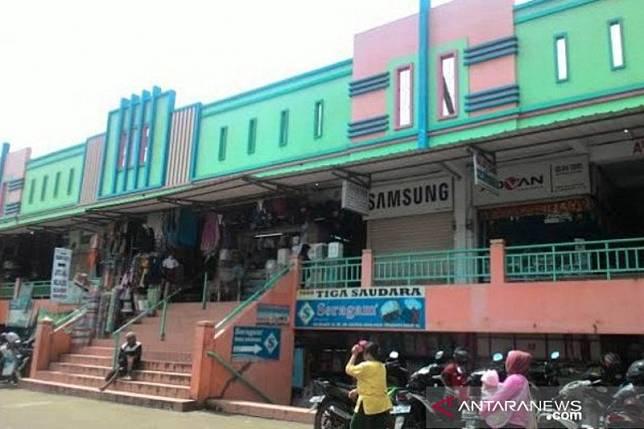 Pasar Cileungsi Bogor ditutup sementara setelah jadi klaster COVID-19