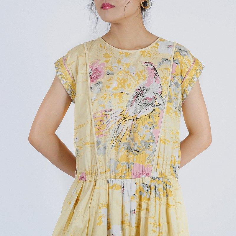 蛋植物嚴選昭和古著洋裝,有別於現代服飾的精緻做工剪裁,簡單套上就能夠創造優雅亮眼的復古造型!