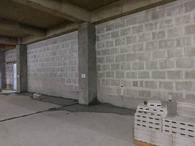 綠能防潮石膏磚的特色 - 防火