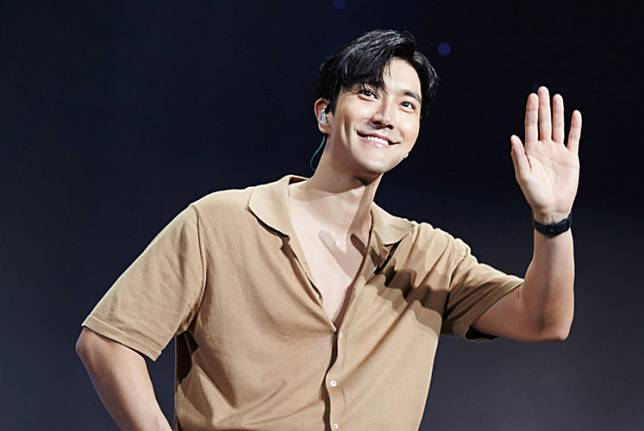 South Korean singer-actor and member of renowned boyband Super Junior, Choi Siwon, celebrated his 34th birthday on April 7.