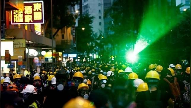 ธนาคารในฮ่องกงร่วมประณามผู้ก่อเหตุรุนแรงในระหว่างการชุมนุมประท้วง