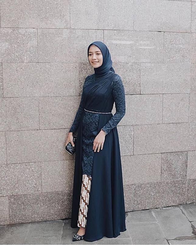 Inspirasi Dress Favorit Hijaber Untuk Kondangan Mulai Dari Gamis Hingga Kebaya Brokat Womantalk Com Line Today