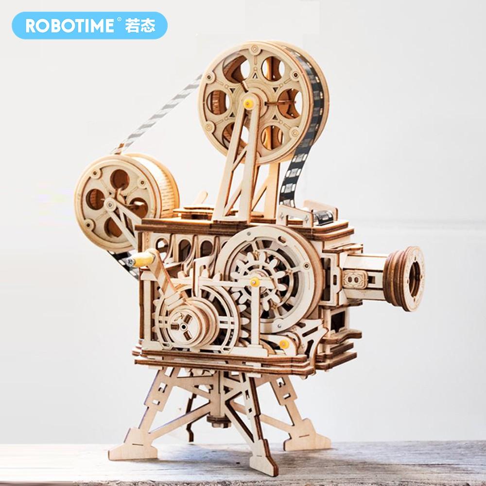 自己動手做一台老式放映機,放一場默片老電影,欣賞60年代卓別林大師的風采。 1.在整個拼裝過程中,既可以享受手工DIY的樂趣,也可以致敬和懷舊曾經的膠片時代。 2.適合親子一起組裝,啟蒙益智,開發孩子