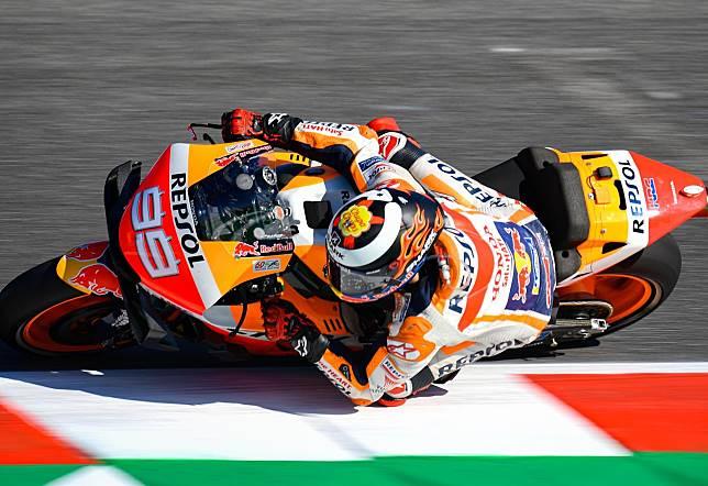 Jorge Lorenzo masih mengeluhkan rasa sakit pada bagian punggung ketika balapan di MotoGP San Marino meski tidak separah waktu MotoGP Inggris
