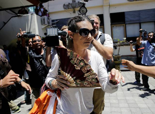 Australian national Sara Connor arrives at court for the expected verdict in her trial over the death of a police officer at the Denpasar District Court in Bali, Indonesia March 13, 2017. Connor was freed 13 months short of her full term due to her good behavior.