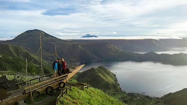 4 Bali Baru: Danau Seluas Singapura di Sumatra Utara