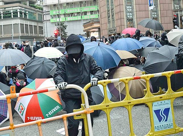 新春文告亦呼籲大眾放下暴力。資料圖片