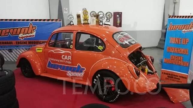Sejumlah modifikasi mobil Volkswagen atau VW di Yogya. Tempo/ Pribadi Wicaksono.