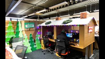 用1152個紙箱將重製一個夢想中的辦公室
