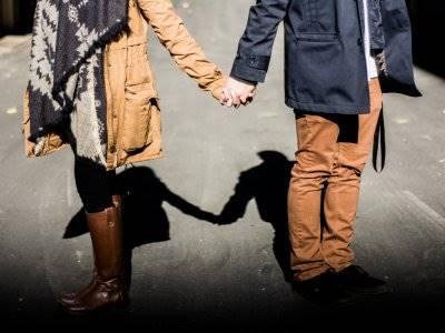 3 Zodiak Ini Lebih Suka Menjalani Hubungan Tanpa  Status