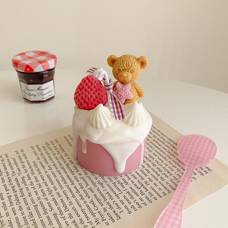 甜點系列 - 小熊草莓奶油蛋糕 韓系香氛蠟燭