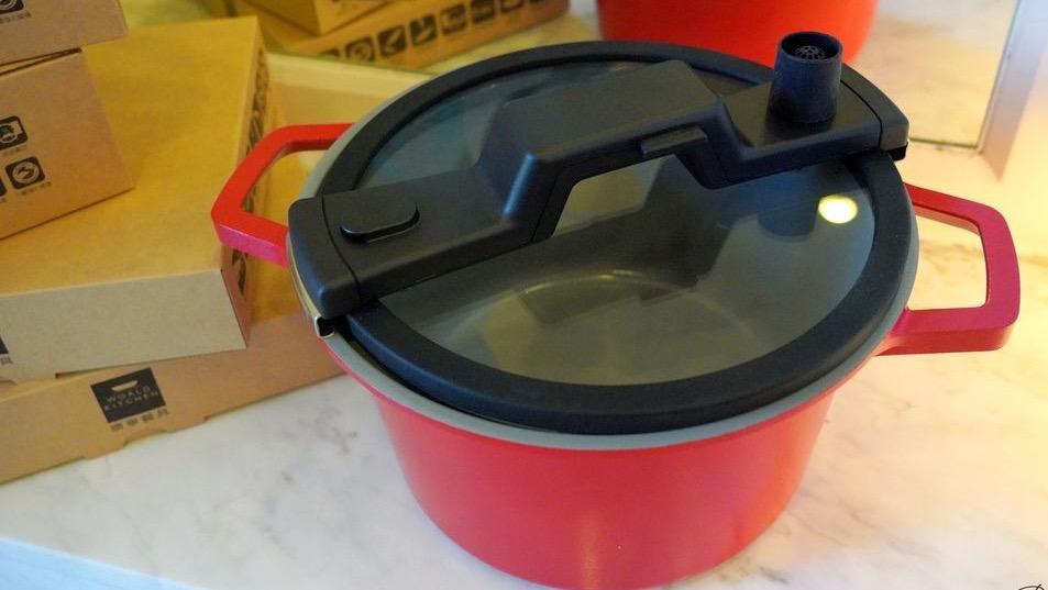 超輕巧陶瓷不沾微壓力鍋,居家煲湯的好幫手!!