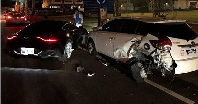 大里區農會常監林永鑫酒後駕車 800萬 「奧斯頓馬丁」車頭半毀