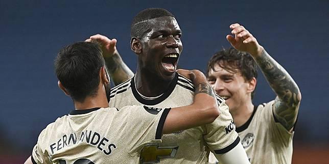 Gelandang Manchester United, Paul Pogba (tengah). (c) AP Photo