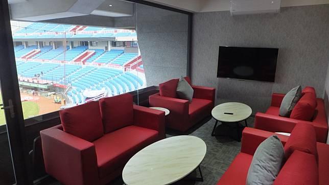 桃園球場新設六個包廂,猿隊改造球場已投資2500萬元。記者藍宗標/攝影