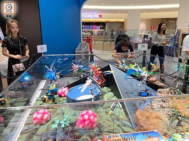 Hobby shop G-SouL玩具店,大人小朋友都喜歡。(李家俊攝)