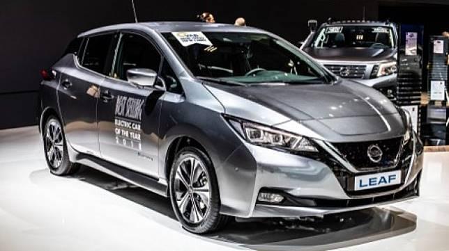 Mobil listrik Nissan Leaf dipamerkan di Brussels, Belgia pada 18 Januari 2019 [Shutterstock]