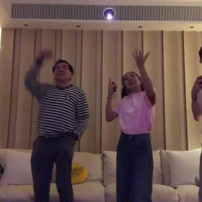 同阿女姜麗文鬥舞!