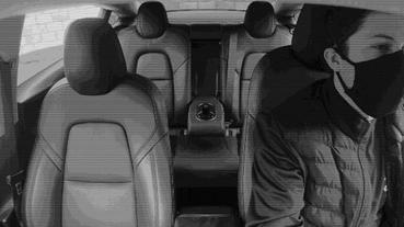 Tesla Model 3 車內相機用途 終於解密,與自駕計程車 Robotaxis 有關