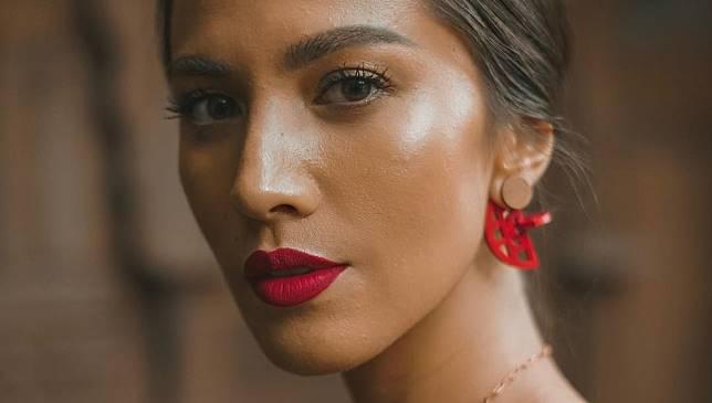 Rekomendasi Lipstick Merah untuk Pancarkan Paras Eksotis Pada Kulit Sawo Matang