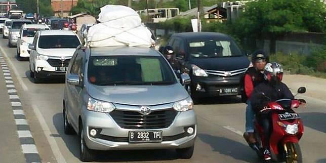 Daya angkut masing-masing mobil berbeda, pemilik mobil tak boleh memaksakan membawa barang berlebihan (Liputan6.com)