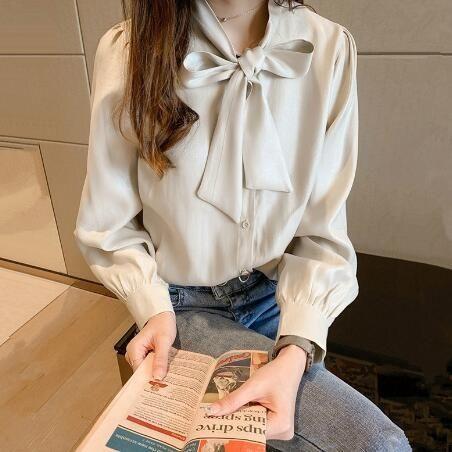 襯衫 韓版蝴蝶結綢緞襯衫 寬鬆長袖上衣 花漾小姐【預購】