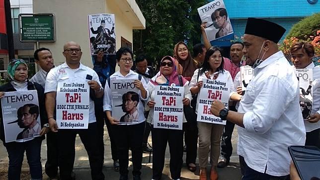 Relawan Joman Lapor Majalah Tempo ke Dewan Pers karena Cover 'Jokowi Pinokio'