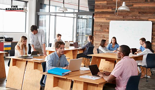 งานวิจัยเผย การไม่มีโต๊ะประจำในออฟฟิศช่วยให้พนักงานตื่นตัวและเครียดน้อยลง