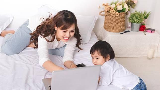 ibu rumah tangga bekerja