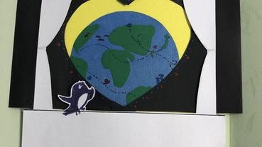 [生日。禮物。手作]DIY手工機關卡片!小燕子打開心門看到窗外的大世界~