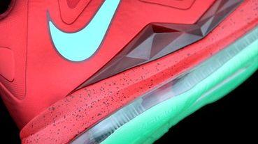 新款速報 / Nike LeBron X 聖誕節配色