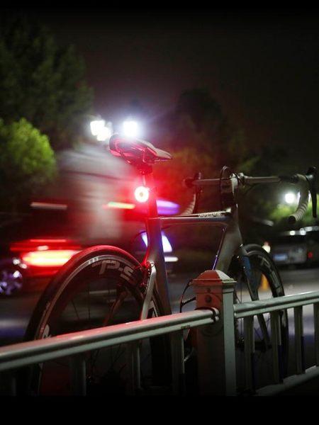 自行車尾燈夜間后警示燈USB充電山地車高亮爆閃光燈