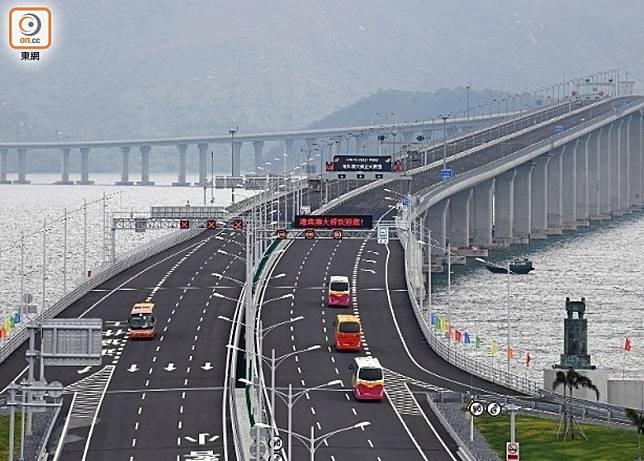 警方證實有人報案,稱其父經港珠澳橋前往澳門後失去聯絡。