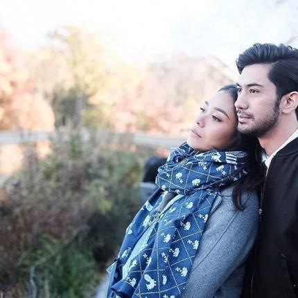 10 Pasangan Karakter di Film Indonesia yang Romantis dan