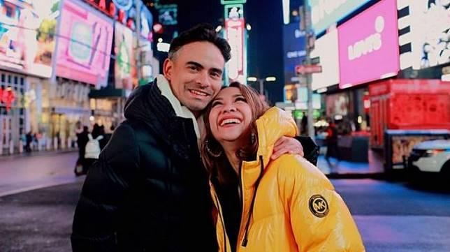 Bunga Citra Lestari dan suami, Ashraf Sinclair [Instagram]