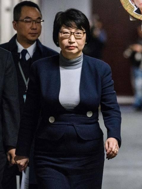 Menteri Kehakiman Hong Kong Diserang Demonstran di London
