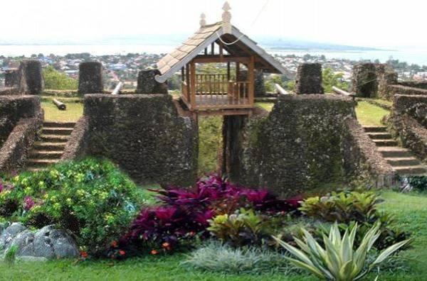 Benteng Keraton Buton, Benteng Terluas di Dunia