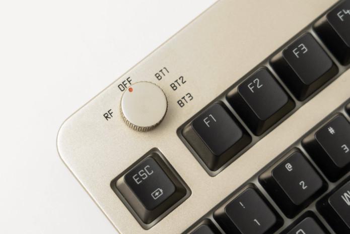 無線1打4功能可以同時與4個裝置配對。