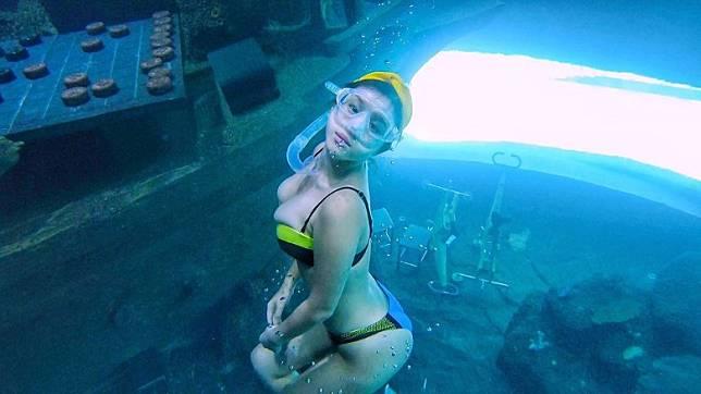 深入7米深嘅潛水缸!
