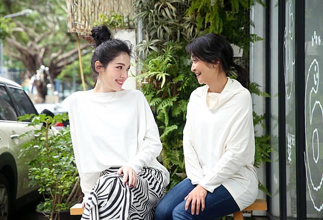 許瑋甯(左)與姚坤君(右)演出舞台劇「我的大老婆」。