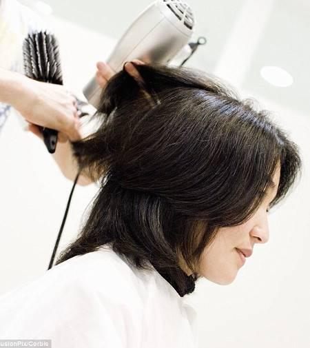 Gaya Rambut Pendek Untuk Menyambut Tahun 2019 Tabloidbintang Com Line Today