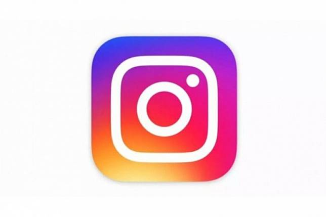 Instagram sembunyikan foto hasil editan Photoshop?