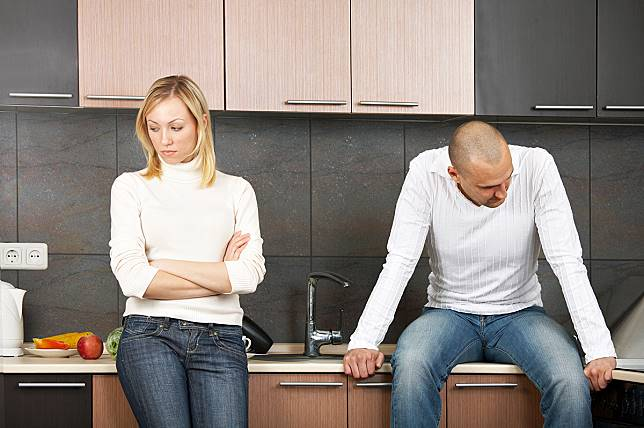 Agar Rumah Tangga Tak Berujung pada Perceraian