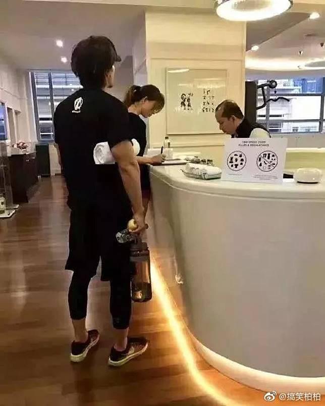 林志玲婚前曾被拍到與言承旭一齊健身。