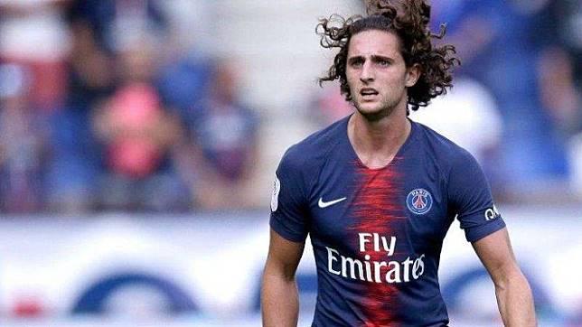 Gelandang Paris Saint-Germain (PSG), Adrien Rabiot