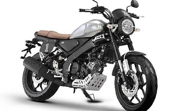 All New Yamaha XSR 155 menggunakan aksesoris resmi bergaya tracker