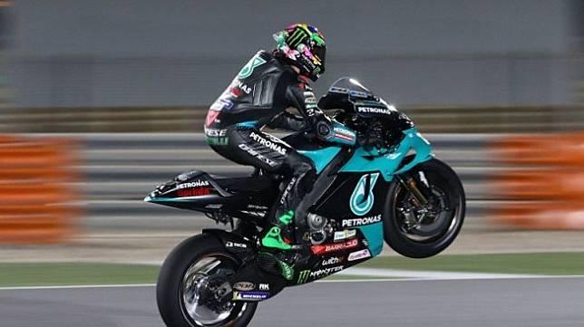 Pebalap tim Petronas Yamaha SRT Franco Morbidelli menjalani sesi tes pramusim di Sirkuit Internasional Losail, Qatar. (HO via Petronas SRT) (HO via Petronas SRT)