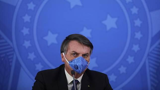 FOTO: Presiden Brasil Jair Bolsonaro Positif Terinfeksi COVID-19